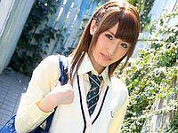 先生、お久しぶりです! ~懐かしの教室でエッチしよッ~ 愛沢かりん