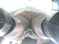 電車の床でGO!(2)