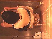 激撮女盗撮師軍団!女盗撮師カレンさんの 潜入!女子トイレ盗撮! File.21
