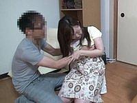 無防備な家政婦に溜まったモノを処理させる 吉川美奈(23)