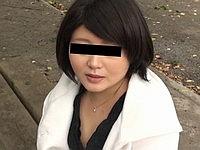 生活苦にあえぐ薄幸奥様の可愛いあえぎ声 佐々木奈菜(30)