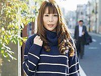 主婦を口説く 24 ~世間知らずな美熟女に生中出し~ 坂本楓(32)