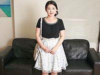 笑顔で欲しがる剛毛熟女 横山紗江子(49)