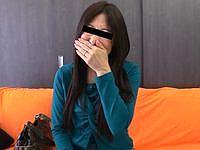 恥じらう銀行員の妻~何をされてもカメラ目線~ 美月寛子(49)