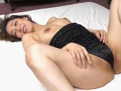 ごっくんする人妻たち 61 ~濃厚ザーメンは美容エキス~ 松本まりな(47)